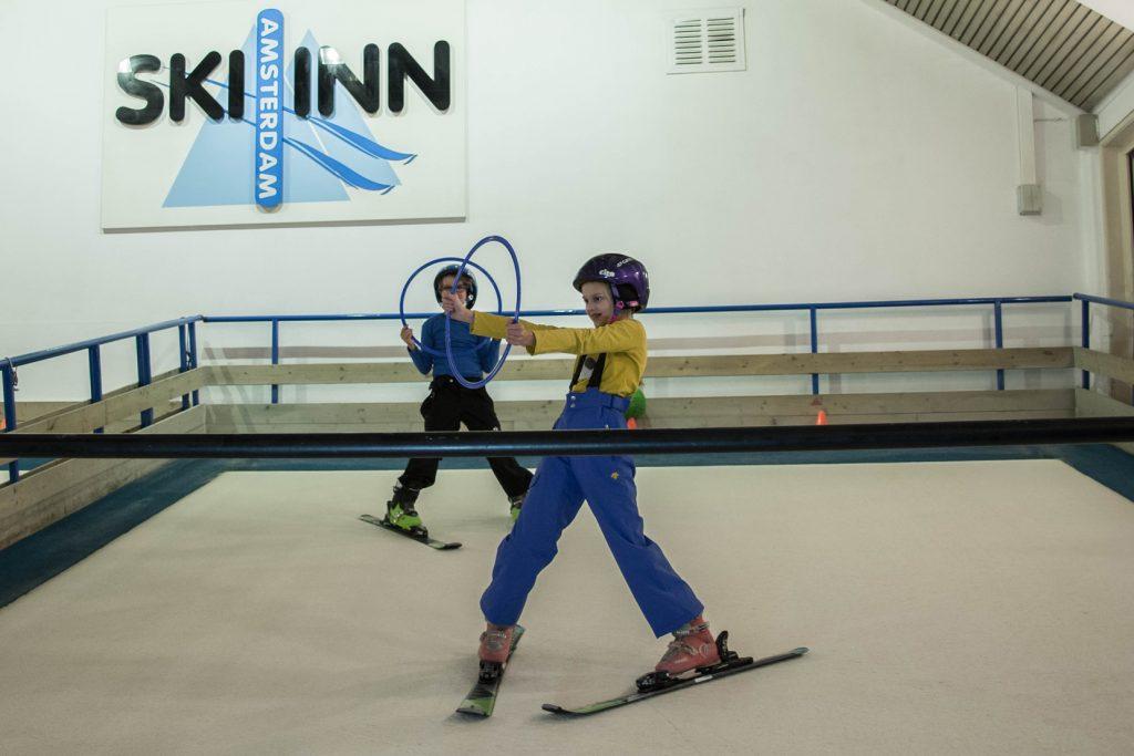 Kinderskien bij Ski-Inn Amsterdam, al meer dan 30 jaar de beste skischool van Amsterdam